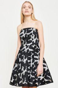 rochie cu spatele gol