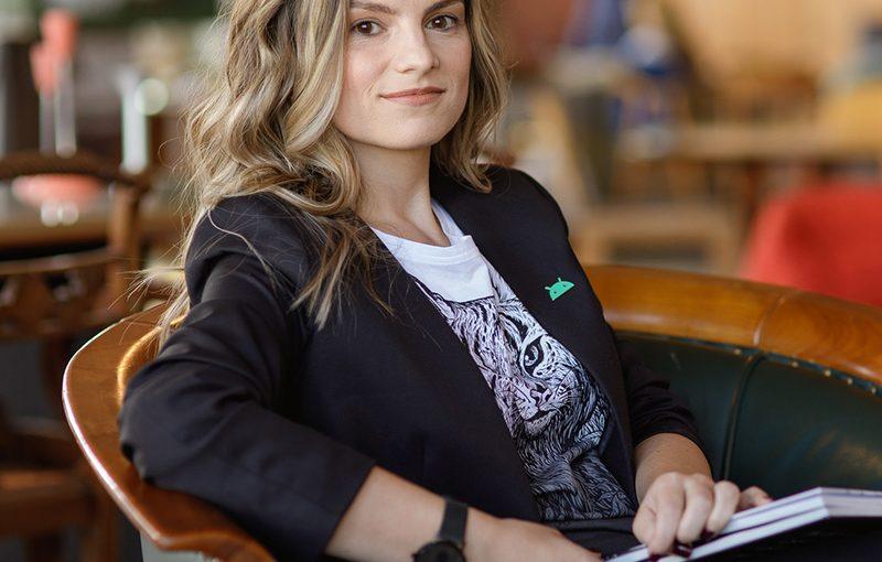 #AnswearTopLadies – Ela Moraru, CEO Google România