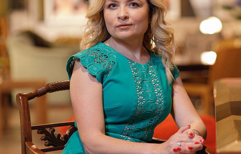 #AnswearTopLadies – Mariana Constantinescu-Brădescu, Managing Partner Piatra Online